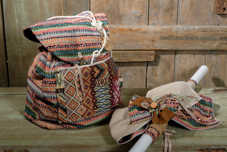 #vaftistika #agori #boy #backpack #handmade #christening accessoryΈνα όμορφο και χρηστικό σακίδιο για τα βαπτιστικά με patchwork. Είναι χειροποίητο, φτιαγμένο από τα ίδια υφάσματα με το ρούχο του παιδιού και διακοσμημένο θεματικά. Ένα μοναδικό αναμνηστικό που δεν μένει ποτέ στο ράφι.