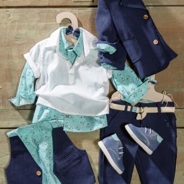 #boy #christening #vaftisi #airplane #print Ένα στυλάτο βαφτιστικό σετ για αγόρι με όμορφο print που περιλαμβάνει: Πουκάμισο γαλάζιο με print σαϊτες + κοντομάνικο λευκό από πάνω Παντελόνι μπλε με κεντημένες λεπτομέρειες Γιλέκο δίχρωμο Ζώνη Σακάκι μπλε με κουμπια Μποτάκια ανατομικά Για εκείνους που ξεχωρίζουν! Διαθέσιμο σε όλα τα νούμερα κατόπιν παραγγελίας. Τιμή: 200 Ε + 60 Ε τα μποτάκια