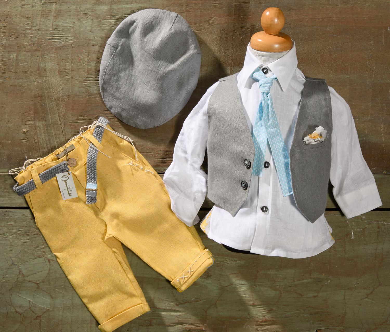 #boy #christening #yellowpants Ένα ζωηρό βαφτιστικό σετ  για αγόρι σε έντονα χρώματα που περιλαμβάνει:      Πουκάμισο λευκό     Παντελόνι καναρινί με κεντημένη λεπτομέρεια     Γιλέκο γκρι με μαντηλάκι στο πέτο     Γραβάτα     Ζώνη     Τραγιάσκα     Μποτάκια ανατομικά  Για εκείνους που απολαμβάνουν την προσοχή του πλήθους!  Διαθέσιμο σε όλα τα νούμερα κατόπιν παραγγελίας.  Τιμή: 195Ε+ 60Ε  Εαν επιθυμείτε κάτι ακόμα πιο ιδιαίτερο επικοινωνήστε μαζί μας και θα χαρούμε να το δημιουργήσουμε αποκλειστικά για εσάς.  Ταιριάζει απόλυτα με το  σετ βάφτισης Kristoferson