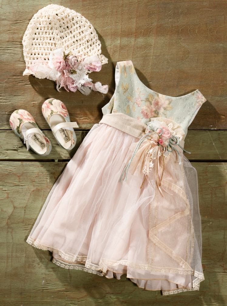 #floralbabydress #girloutfit #christening