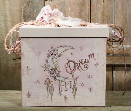 #christening #roses Ένα υπέροχο σετ βάπτισης για κορίτσι σε ροζ τόνους με λουλουδάτη διάθεση. Περιλαμβάνει: Κουτί βάφτισης διακοσμημένο και ζωγραφισμένο στο χέρι Λαμπάδα διακοσμημένη με δαντέλα και τούλι Πετσέτα-λαδόπανο κεντημένα στο χέρι Για τις πιο τριανταφυλλένιες βαφτίσεις. Ένα πλήρες σετ βάφτισης με κουτί, λαμπάδα, κεριά, πετσέτες, λαδοσέτ, λαδόπανα, 50 μαρτυρικά με το κουτάκι τους και βιβλίο ευχών ξεκινάει από 420 Ε